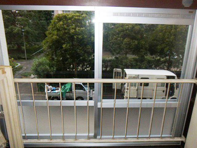 東京都板橋区窓リフォーム 窓のゆがみ・結露対策!