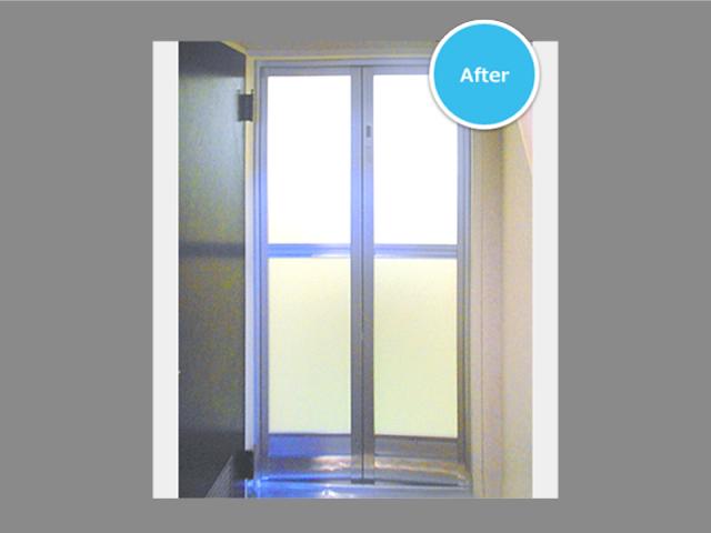 腐食した浴室ドアの取り替え!かんたん浴室ドアリフォーム