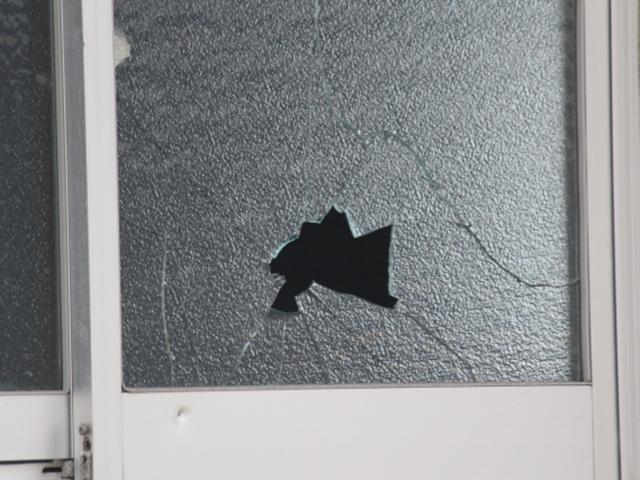 地震発生時、ガラスの飛散にご注意!