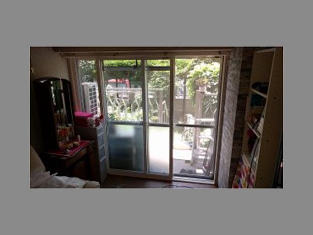 窓の隙間から風が入ってうるさい!内窓リフォームで隙間風対策!