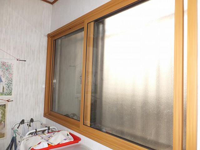 「冬場、廊下が寒い!」を解決!内窓リフォーム