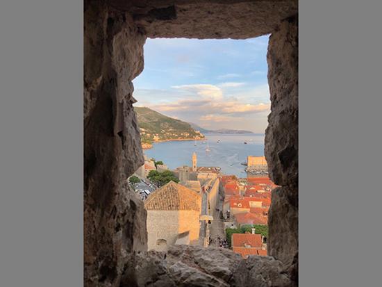 クロアチアの窓