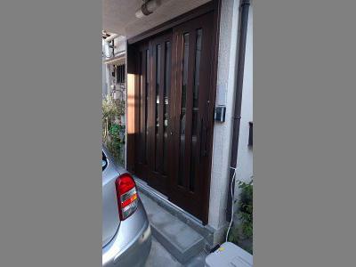 事例紹介に「玄関ドアを引戸へリフォーム!大きな開口で快適!」を追加しました。