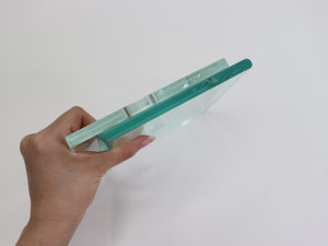 高透過ガラスと一枚ガラス比較