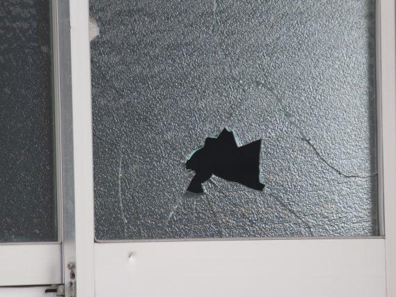 防犯フィルムと防犯ガラス、どっちが良い?