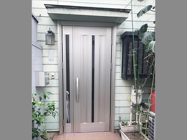 腐った木製玄関ドアの交換修理!(神奈川県川崎市)